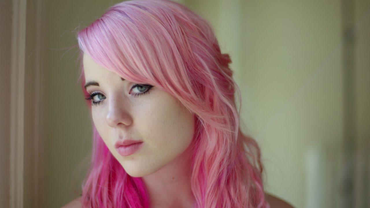 横浜流星のピンク髪が似合わない